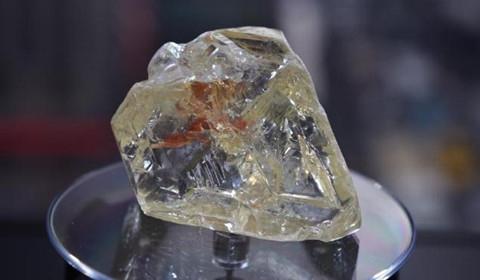 709克拉大钻石拍卖 653万美元成交